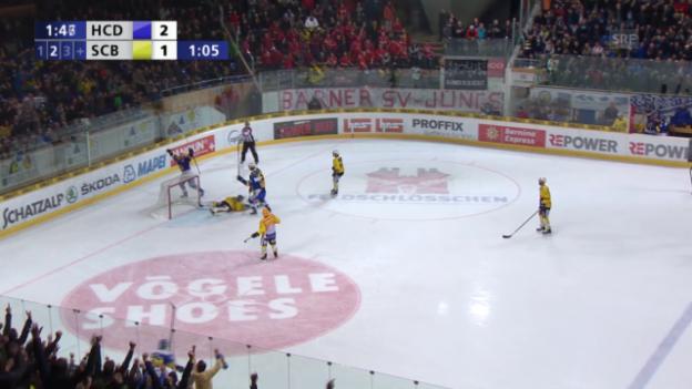 Video «Eishockey: Playoffs, 4. Halbfinal, HC Davos – SC Bern, 3:1 Marcus Paulsson» abspielen