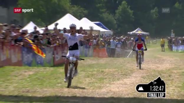 Video «Nino Schurter triumphiert im Val di Sole («sportaktuell»)» abspielen