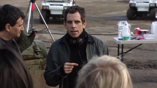 Video «Ausschnitt aus der Serie «Extras» (2005)» abspielen