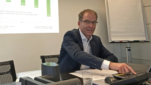 Der Zürcher Finanzvorsteher präsentiert ein sattes Plus