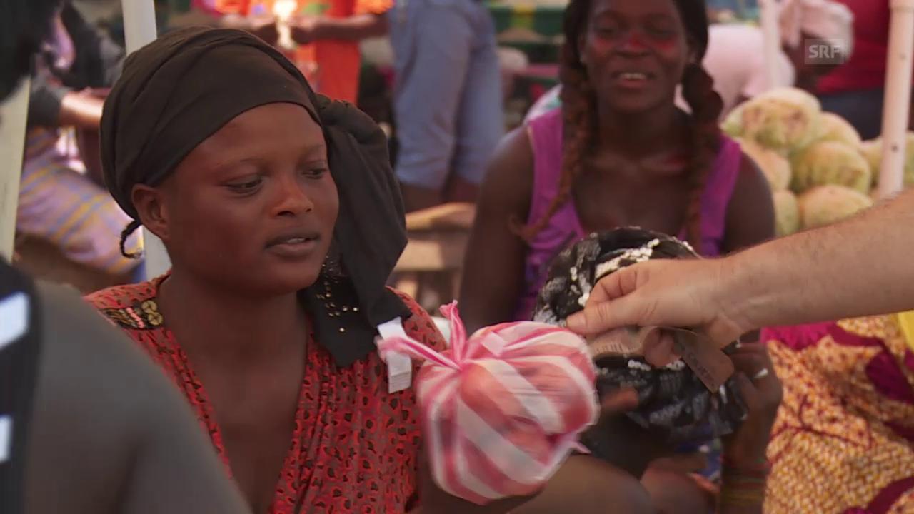 Auf dem Markt in Freetown, der Drehscheibe des Lebens
