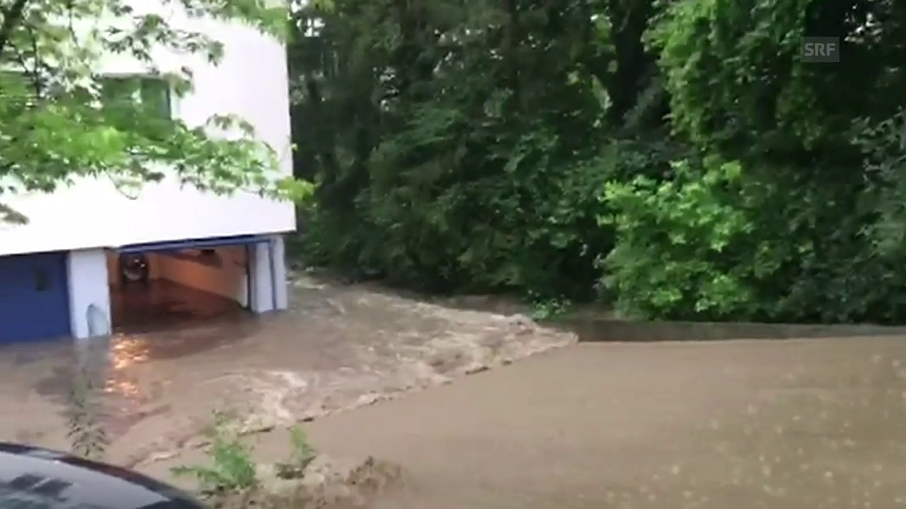 Überflutete Keller und Tiefgaragen