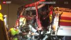 Video «Schwerer Unfall mit Lastwagen fordert Todesopfer» abspielen
