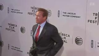 Video «Arnold Schwarzenegger erhält in Zürich den «Golden Icon Award»» abspielen