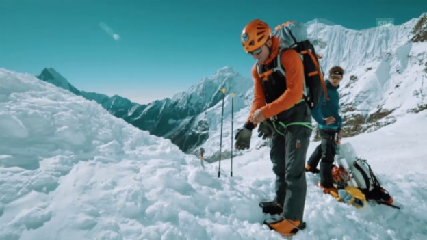 Video «Weshalb hat sich Ueli Steck nicht gemeldet, als er am Berg war?» abspielen