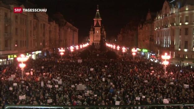 Video «Hunderttausende protestieren gegen rumänische Regierung» abspielen