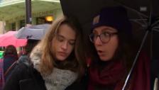 Video «Pariser Gymnasiasten ärgern sich über Massnahmen der linken Regieurng» abspielen