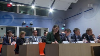 Video « Öffentliche Anhörung –auch für die Politiker eine neue Erfahrung» abspielen