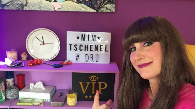 Video «Mim Tschenel #3 «Räzel»» abspielen