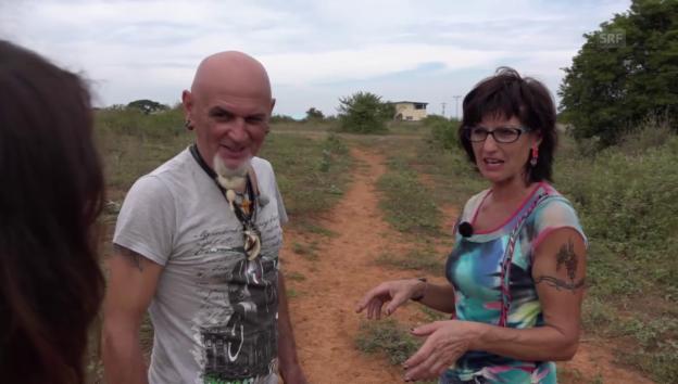 Video «Gefesselt mit dem Bikini-Oberteil: Einbruch bei Teres und Claudio» abspielen
