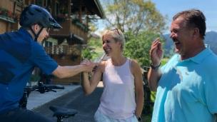 Video «Reto Scherrer trifft Oesch's die Dritten» abspielen