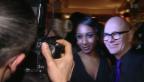 Video «Schauspielerin im Gastgeberfieber» abspielen