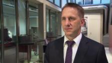Video «Marc Andrey, Valiant Bank, zum Umrüstungsaufwand bei den Banken» abspielen