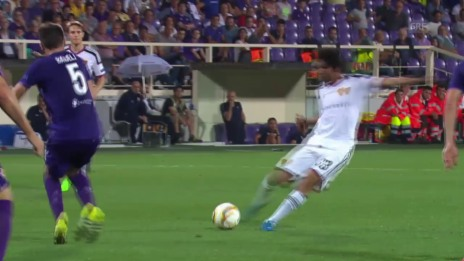 Video «Fussball: Europa League, Fiorentina - Basel, Traumtor Elneny» abspielen