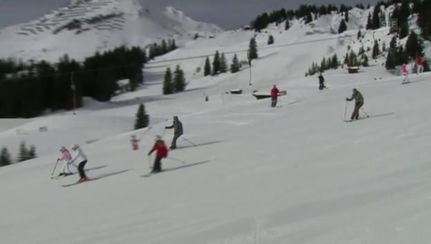 Video «Niederländische Royals im Schnee (unkomm.)» abspielen