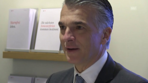 Video ««Mint»: Sergio Ermotti – Gefordert von Davoser Schülern» abspielen