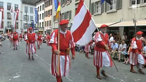 Video «Eidgenössisches Schützenfest Aarau 2010 - Festumzug» abspielen
