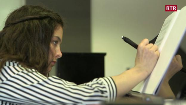 Laschar ir video «Cinzia Regensburger - extrem persunala»