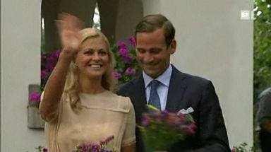 Video «Prinzessin Madeleine löst Verlobung» abspielen