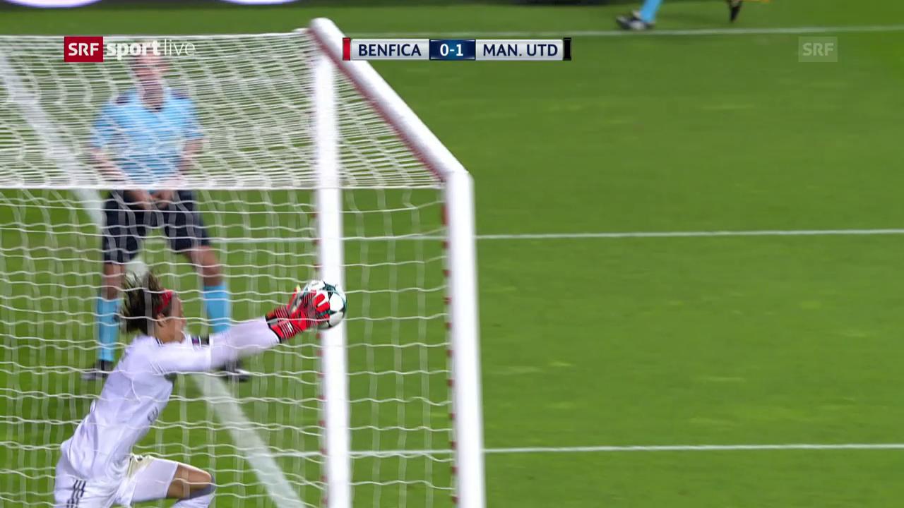 Manchester United siegt bei Benfica dank Goalie-Patzer