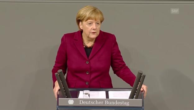 Video «Merkel im Bundestag zur Asylpolitik» abspielen
