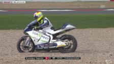 Video «Motorrad: Moto2, GP Silverstone, Sturz von Aegerter» abspielen