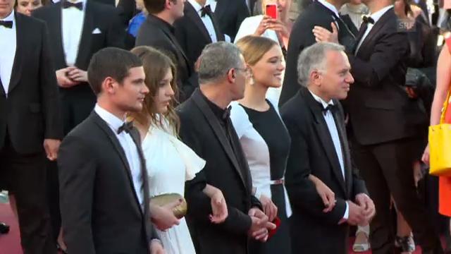 Cannes: Team des lesbischen Dramas auf dem roten Teppich (unkomm.)