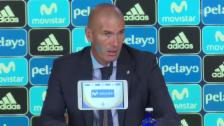 Link öffnet eine Lightbox. Video Zidane lobt, Valverde gratuliert abspielen