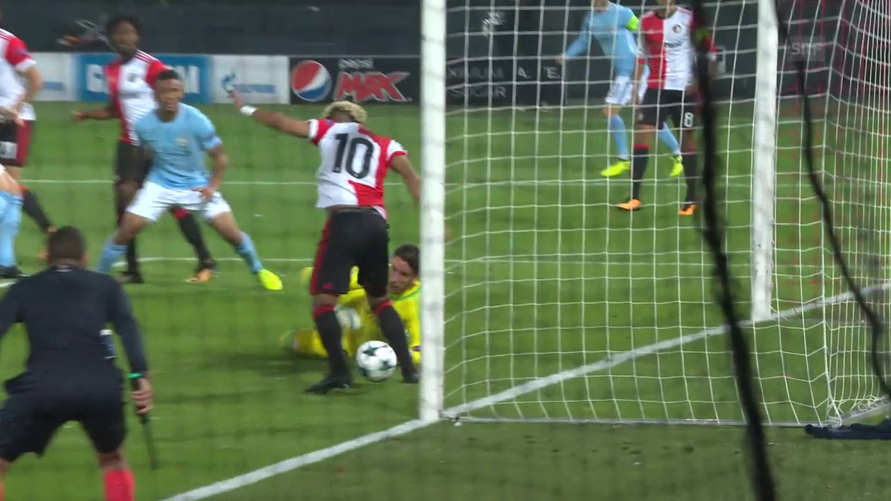 Feyenoords Vilenha ganz unglücklich