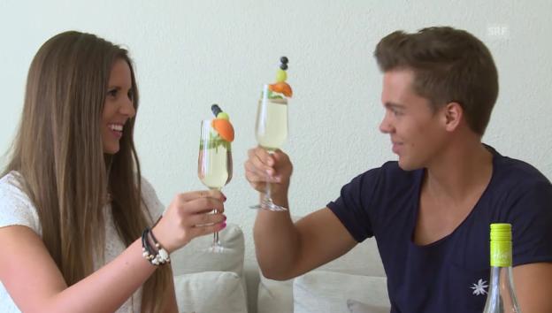 Video «Mike Oesch und Nadine Eichenberger im Liebes-Interview» abspielen