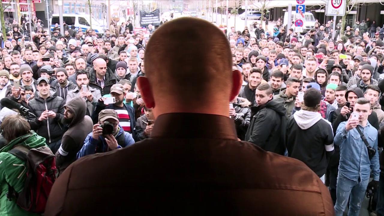 Gefeiert wie ein Popstar: Islam-Prediger Pierre Vogel