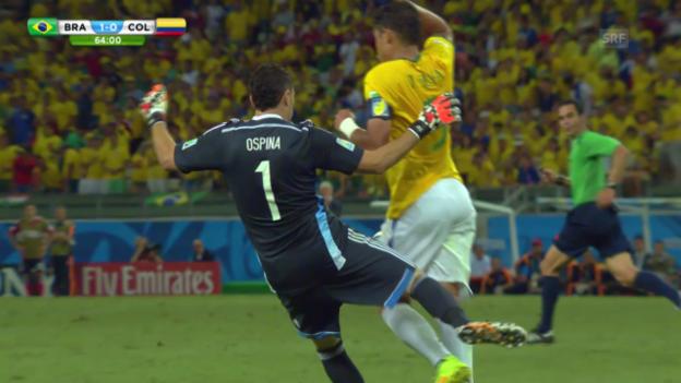 Video «Fussball: WM 2014, Brasilien-Kolumbien, Verwarnung von Thiago Silva» abspielen