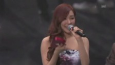Video «Tiffany von der Gruppe «Girls' Generation» bedankt sich (unkomm.)» abspielen