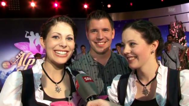 Video «Schüpferi Meitli zu ihrem Sieg der «Alpenrose»» abspielen