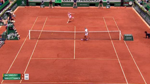 Video «Tennis: French Open, Van Uytvancks Stopp und Bacsinszkys Kontrastopp» abspielen