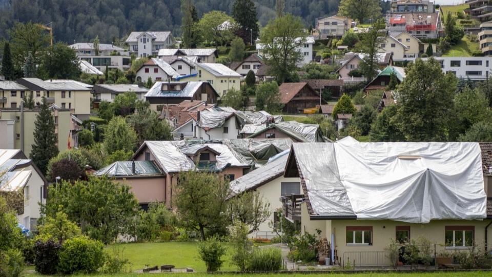 Hagelschäden im Kanton Luzern: Es wird Monate dauern, bis alle Dächer repariert sind