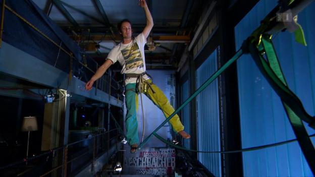 Video «500 Meter über dem Boden: Seillaufen als Extremsport» abspielen