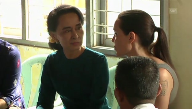 Video «Angelina Jolie trifft Aung San Suu Kyi (unkom. Video)» abspielen