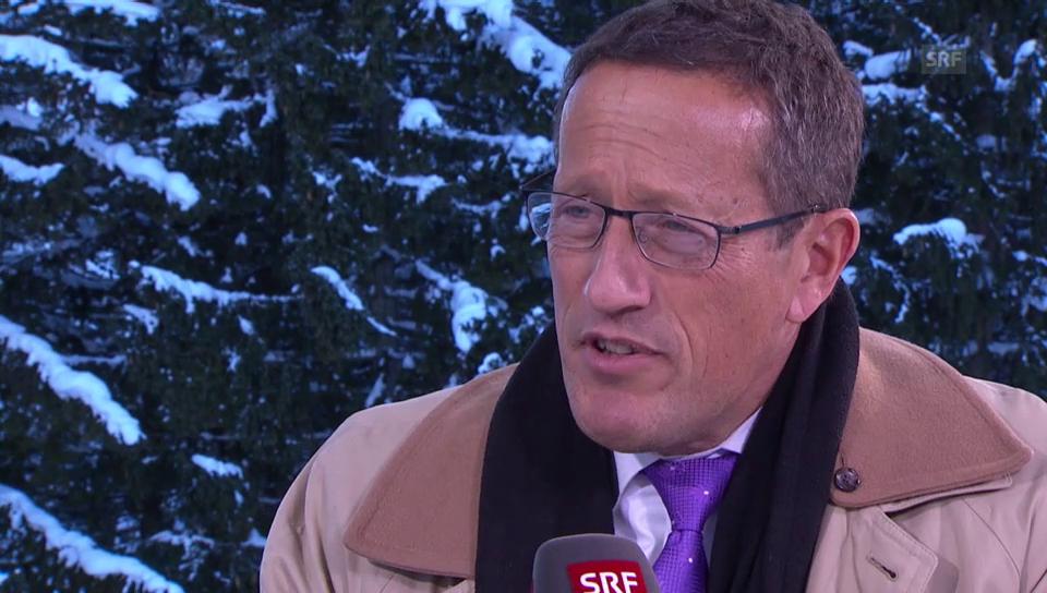CNN-Moderator Richard Quest kritisiert das WEF