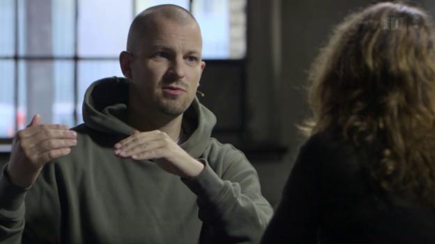Video ««Focus Blind Date»: Stress trifft Mona Petri» abspielen