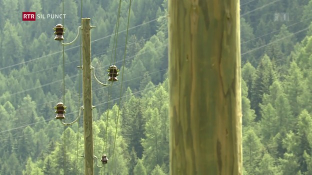 Laschar ir video «Lavurs per sutterrar lingias d'electricitad en l'Engiadina»
