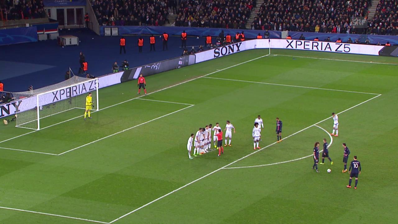 Ibrahimovic bringt den PSG per abgefälschtem Freistoss in Front