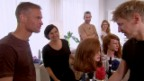 Video «Was für Frisuren man mit Lockenwickler kreieren kann» abspielen