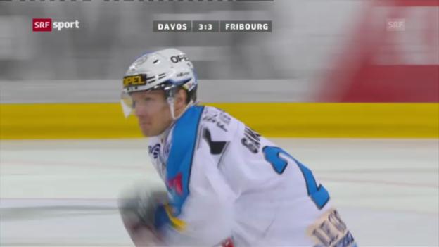 Video «Eishockey: Davos - Fribourg («sportpanorama»)» abspielen