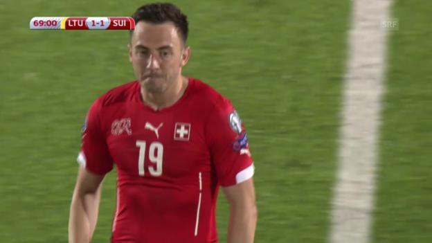 Video «Fussball: Euro-Qualifikation 2016, Litauen - Schweiz, 1:1 durch Drmic» abspielen