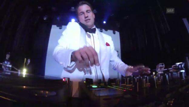 Video «DJ Antoine: Vinyl-Set im Kaufleuten Zürich» abspielen