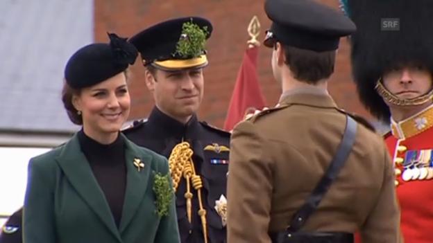 Video «Herzogin Catherine ehrt Soldaten» abspielen