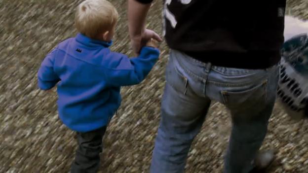 Video «Und plötzlich ist ein Vater da – Chronik eines Sorgerechtstreits» abspielen