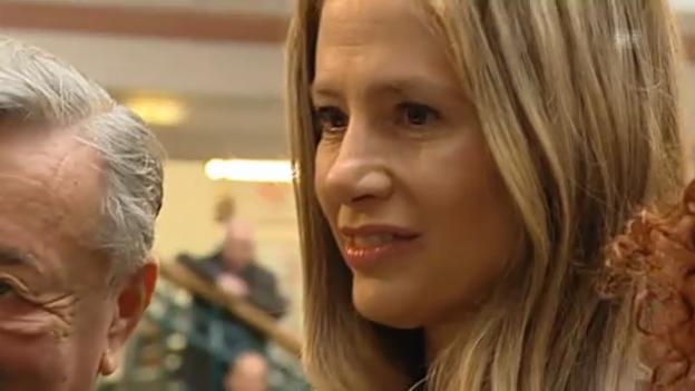 Video «Mira Sorvino in Wien angekommen» abspielen