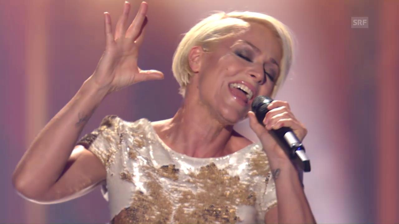 DSDS-Jurorin Michelle singt vor der DGST-Jury - Mashed-Up